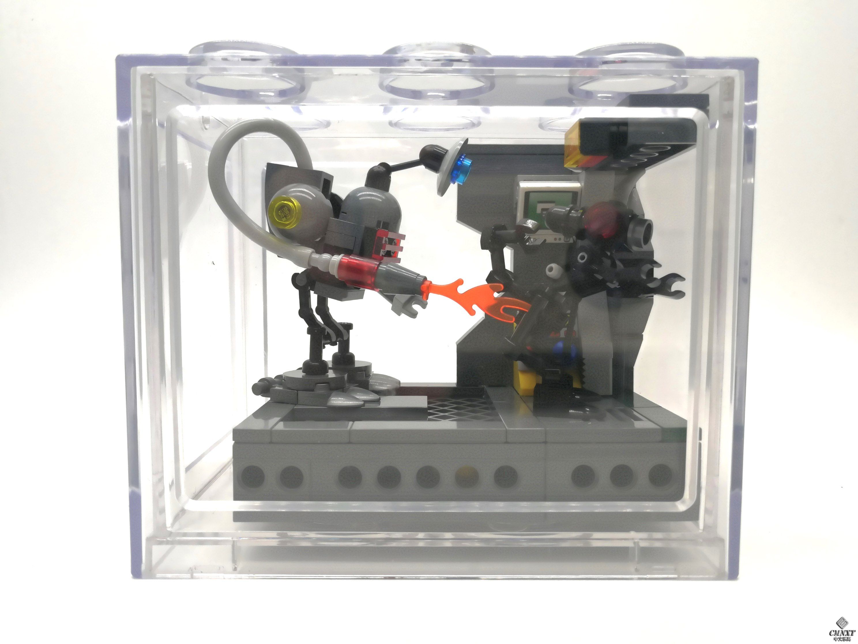 MOC - Clean out the Aliens 11 a.jpg